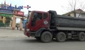 Phú Thọ: Xe quá tải của hai nhà máy xi măng Sông Thao và Thanh Ba cày nát đường dân sinh