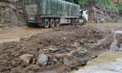 Sơn La: Đất đá sạt lở QL6 tắc nghẽn, giao thông ùn tắc kéo dài