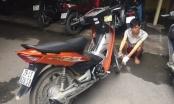 Nam thanh niên liều lĩnh cướp xe máy, rút dao đâm trung úy CSGT