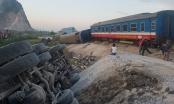 Nóng: Tàu hỏa đối đầu xe tải ở Thanh Hóa làm 2 người chết, 8 người bị thương
