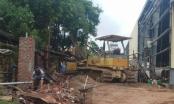 Thanh Hoá: Sập tường, 4 công nhân thương vong