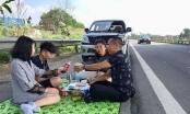 Xác định danh tính gia đình mở tiệc trên cao tốc Nội Bài - Lào Cai
