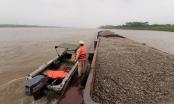 Hà Nội: Bắt giữ 2 tàu khai thác cát trái phép trên sông Hồng