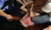 Hà Nội: Bắt nghi phạm đâm gục bà chủ tiệm cầm đồ rồi cố thủ trên tầng 2