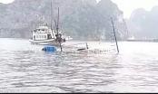 [Clip]: Tàu du lịch chìm trên vịnh Hạ Long sau khi va chạm với tàu chở đá