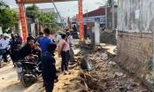 Nóng: Sập tường rào khi đào mương nước, hai người thương vong