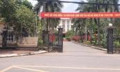 Phú Thọ: Ban thường vụ huyện ủy Thanh Sơn bố trí nhiều cán bộ vừa đá bóng, vừa thổi còi!