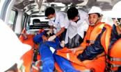 Điều tàu cứu hộ cứu ngư dân bị đau bụng trên biển Hoàng Sa