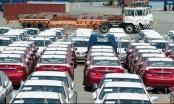Lượng xe nhập giảm bất thường vì người mua gác tiền, dân buôn tránh lỗ