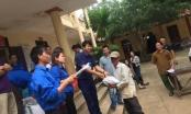 Thanh Hoá: Nhóm thiện nguyện chia sẻ khó khăn cùng người dân vùng lũ huyện Thọ Xuân