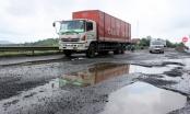 Yêu cầu Ban QLDA Thăng Long khắc phục đường chi chít ổ gà gây tai nạn chết người