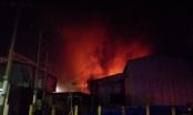 Cháy lớn ở công ty sản xuất Mica tại Đồng Nai