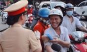 CSGT Đồng Nai phát 100.000 khẩu trang miễn phí cho người tham gia giao thông