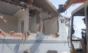 Tháo dỡ biệt thự xây dựng chưa phép trên núi lớn Vũng Tàu
