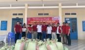 Báo Pháp luật Việt Nam hỗ trợ người dân bị ảnh hưởng bởi dịch Covid-19 tại Bình Thuận