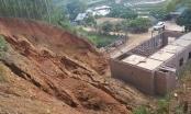 Lào Cai: Sơ tán khẩn cấp 38 người khỏi khu vực núi nứt nguy hiểm