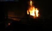 Hà Nội: Clip cháy lớn kéo dài hơn 2h trên phố Nguyễn Khang