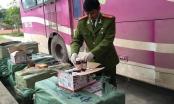 Lạng Sơn: Tài xế bị bắt trên đường vận chuyển 1.440 quả pháo điện