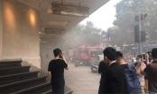 Xế hộp bất ngờ bốc cháy dưới tầng hầm Tràng Tiền Plaza