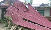 Thanh Hóa: Lốc xoáy, mưa đá tàn phá hàng chục ngôi nhà tan hoang