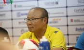 Bị giả mạo Facebook, HLV Park Hang Seo tổ chức họp báo khẩn
