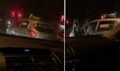 Tài xế taxi Thanh Nga hung hăng đòi đốt xe người dừng đèn đỏ