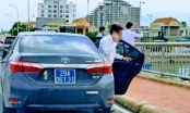 Chủ tịch Quảng Bình nói gì về xe biển xanh dừng trên cầu chụp ảnh?