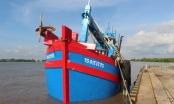 Bộ Tư lệnh Vùng Cảnh sát biển 4 tạm giữ tàu chở 70.000 lít dầu D.O không rõ nguồn gốc
