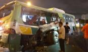Long An: Xe tải tông xe buýt khiến 20 người chấn thương nặng