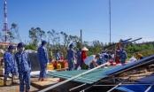 Gần 100 chiến sĩ Bộ Tư lệnh Vùng Cảnh sát biển 2 giúp dân khắc phục thiệt hại bão số 9