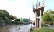 Trò chơi nhảy cầu mạo hiểm của thiếu niên ngoại thành Hà Nội