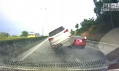 Quảng Ninh: Ôtô lộn nhào khi húc vào đuôi xe phía trước