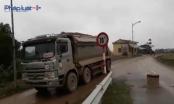 Hà Nội: Xe quá tải trọng đường, tung hoành tại địa bàn huyện Quốc Oai