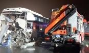 Tài xế xe khách đâm xe cứu hỏa: Nếu đánh lái, thắng gấp sẽ gây tai nạn liên hoàn