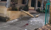 Hòa Bình: 2 học sinh bị thương nặng vì bị cột bê tông rơi từ tầng 2 va vào người