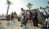 Hơn 300 tình nguyện viên tham gia nhặt rác trên biển Bãi Cháy