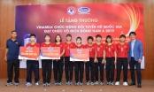 Vinamilk trao thưởng chúc mừng Đội tuyển Bóng đã nữ quốc gia vô địch Đông Nam Á 2019