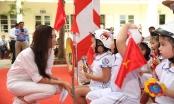 Trao tặng mũ bảo hiểm cho học sinh lớp Một toàn quốc năm học 2019 – 2020