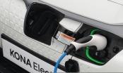 Tin kinh tế 6AM: Hyundai triệu hồi 82.000 ô tô điện; Xăng dầu lên giá mạnh gây áp lực lạm phát