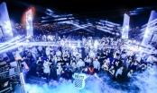 Giới trẻ Đà Nẵng rủ nhau check-in đêm Giáng sinh pha lê lộng lẫy ở SKY36