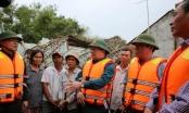 Phó Thủ tướng Trịnh Đình Dũng yêu cầu phải đảm bảo đời sống người dân vùng lũ
