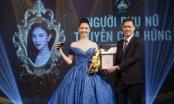 Hà Thu mặc bộ dạ hội thi Miss Earth 2017, được vinh danh Người phụ nữ truyền cảm hứng của năm