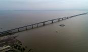 """Hé lộ """"đường hầm"""" đặc biệt tại cầu vượt biển dài nhất Việt Nam"""