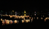 Hà Nam: Hồ Chùa Bầu rực sắc hoa đăng trong lễ Vu Lan