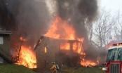 Máy bay Mỹ lao trúng nhà dân, bốc cháy dữ dội