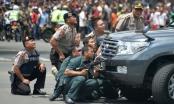 Đánh bom, nổ súng rung chuyển tại Indonesia, 6 người thiệt mạng
