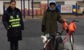 Người đàn ông Trung Quốc đạp xe về quê ăn Tết, lạc đường 500 km
