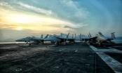 Ngắm dàn tiêm kích hiện đại trên tàu sân bay USS Carl Vinson