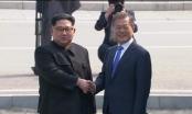 Tổng thống Hàn Quốc và nhà lãnh đạo Triều Tiên lần đầu gặp mặt sau 11 năm