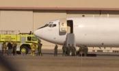 Máy bay Ngày tận thế của Mỹ hạ cánh khẩn cấp do cháy